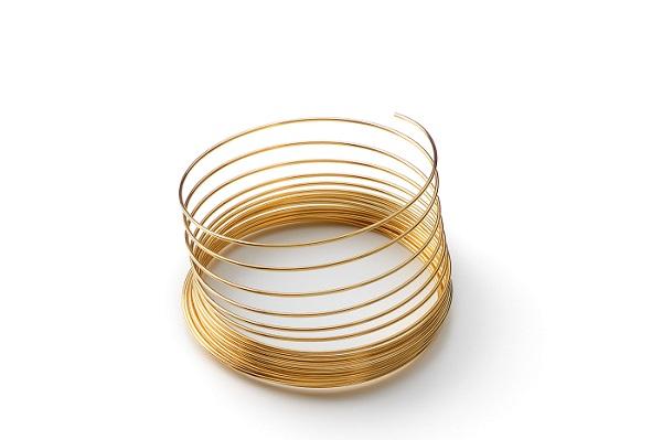 Carrete acero diametro 0,45 mm color dorado 100 mm para enfilado